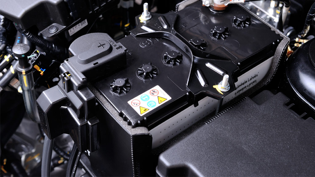 7 Tips To Extend Your Car's Battery Life In The Summer